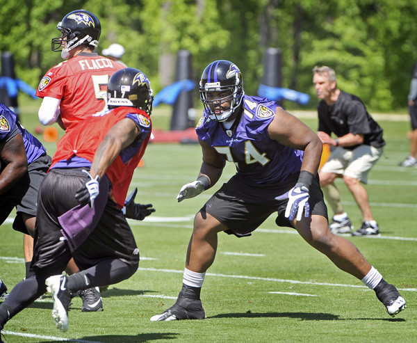 michael oher to remain ravens left tackle michael