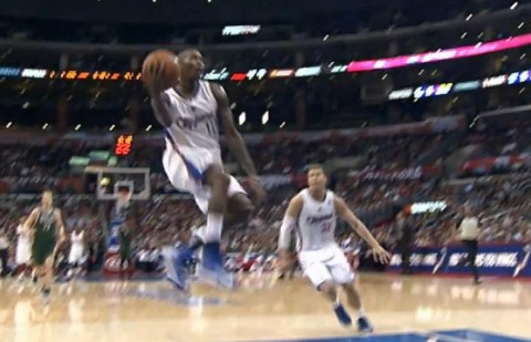 Jamal Crawford gets fancy with Alley Oop