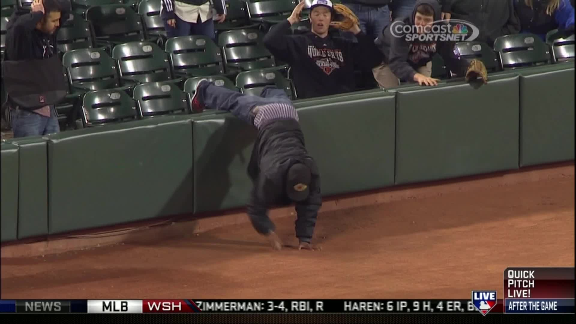 WATCH: San Francisco Giants fan loses pants trying to grab fair ball
