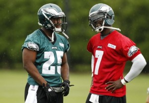 With the volatile QB situation in Philadelphia, it s interesting that two of the most dominant players have such different opinions about it (Credit: AP Photo).