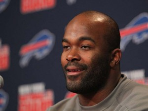 Bills defensive end Mario Williams clarified some of his comments about Mike Pettine's coaching today. (AP/Bill Wippert)