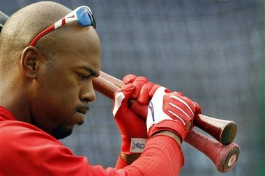 Jimmy Rollins should listen to his fellow MVP skipper (Credit: AP)