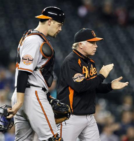 Showalter is still behind his big catcher Credit: AP/Elaine Thompson