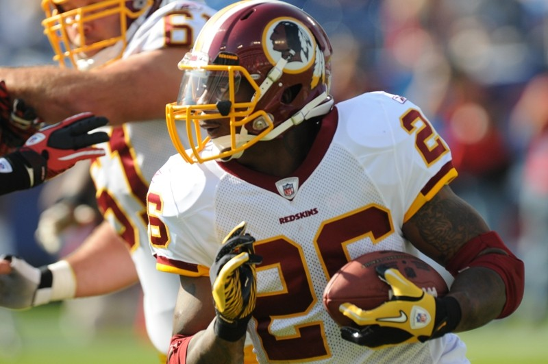 Former Redskins running back Clinton Portis receives a speeding ticket while on the air with a local sports talk show (Credit: Blogs.Redskins)