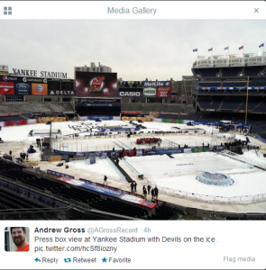 Yankee Stadium looks nice as a hockey rink, doesn't it? (Photo from @AGrossRecord)