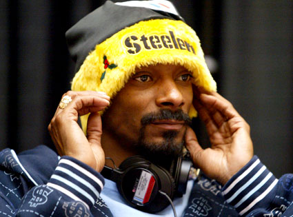 Snoop Dog calls out rapper for $500 after Raiders/Steelers game