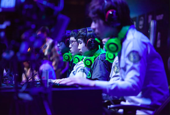 E-sport Betting at online casinos, and it's gaining momentum really fast