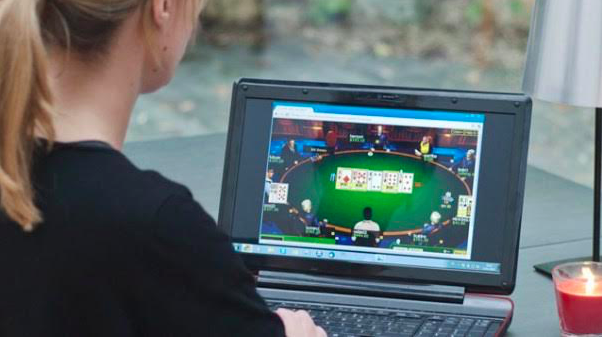 The Perks Of Playing Poker Online